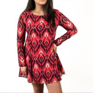 Dresses & Skirts - Red Printed Loose Shift Sheer Sleeve Dress